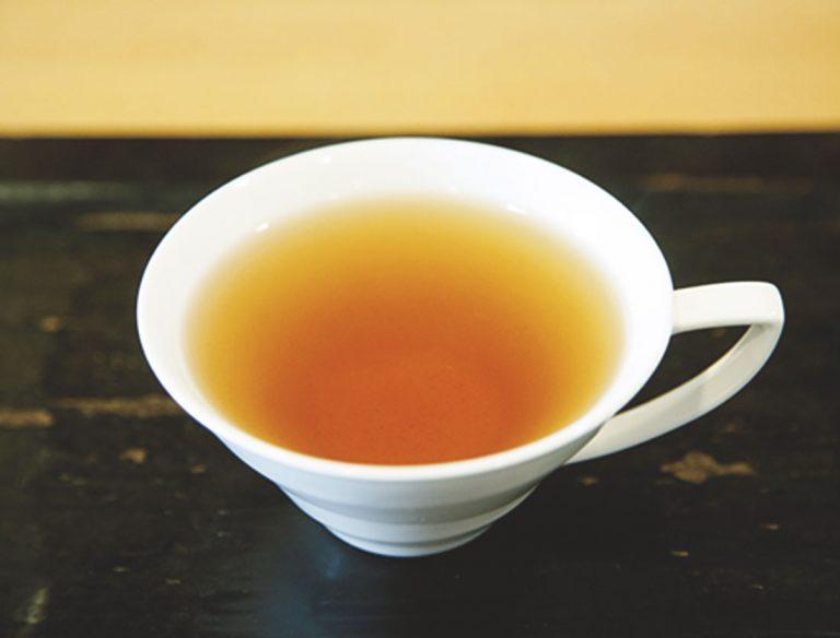 "<span class=""title"">表参道 茶茶の間</span>"