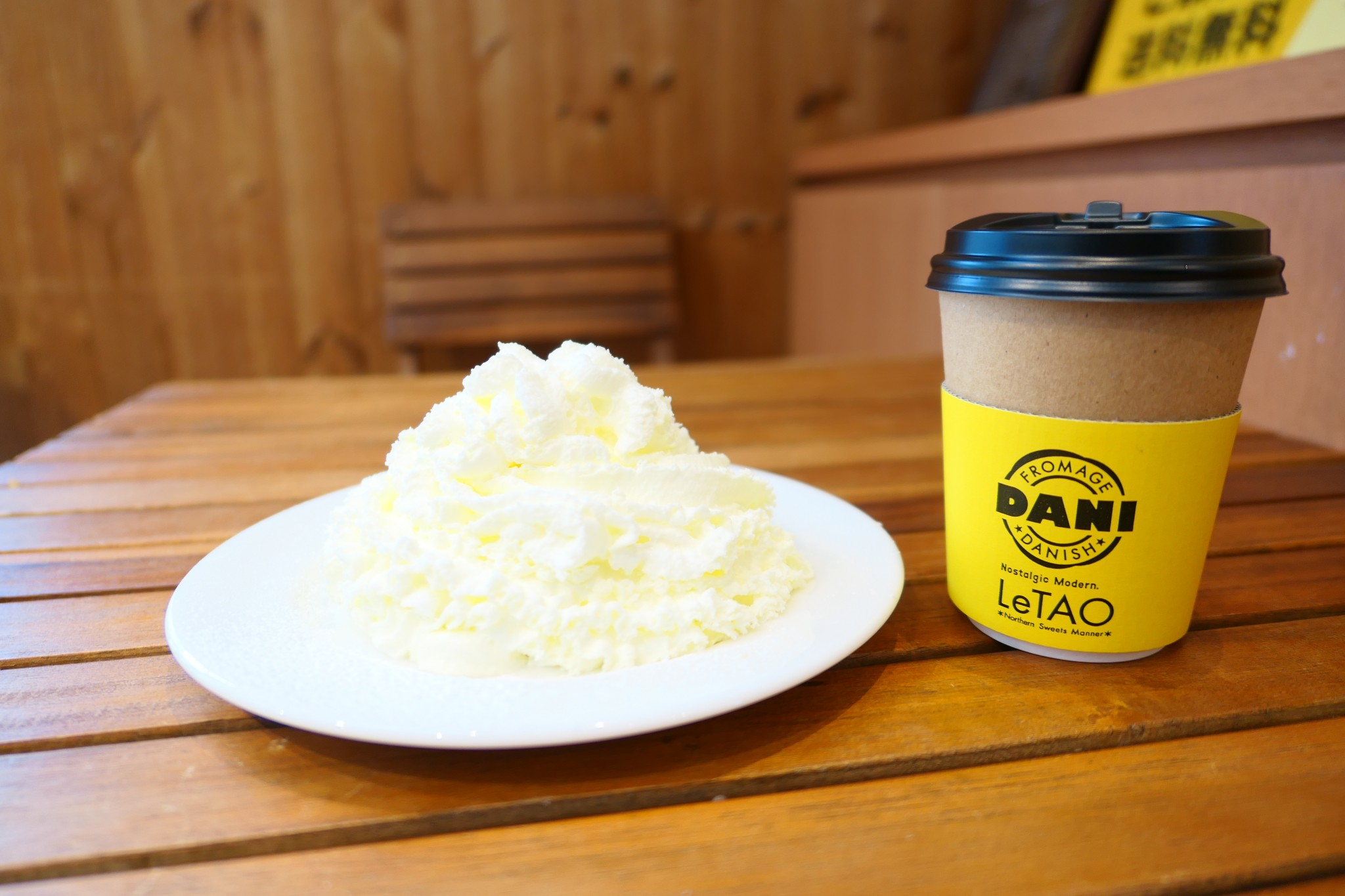 北海道・小樽を代表する洋菓子店〈ルタオ〉の人気5店舗を巡ったスイーツレポ!