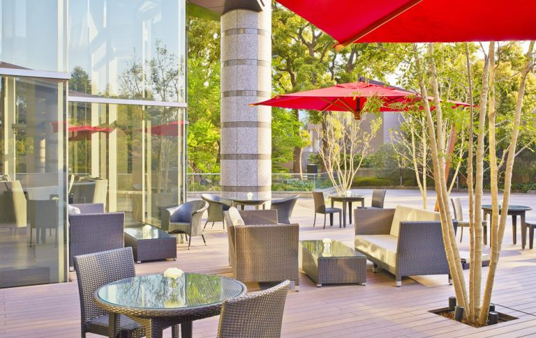 Tokyo_Marriott_LoungeDiningG_terrace