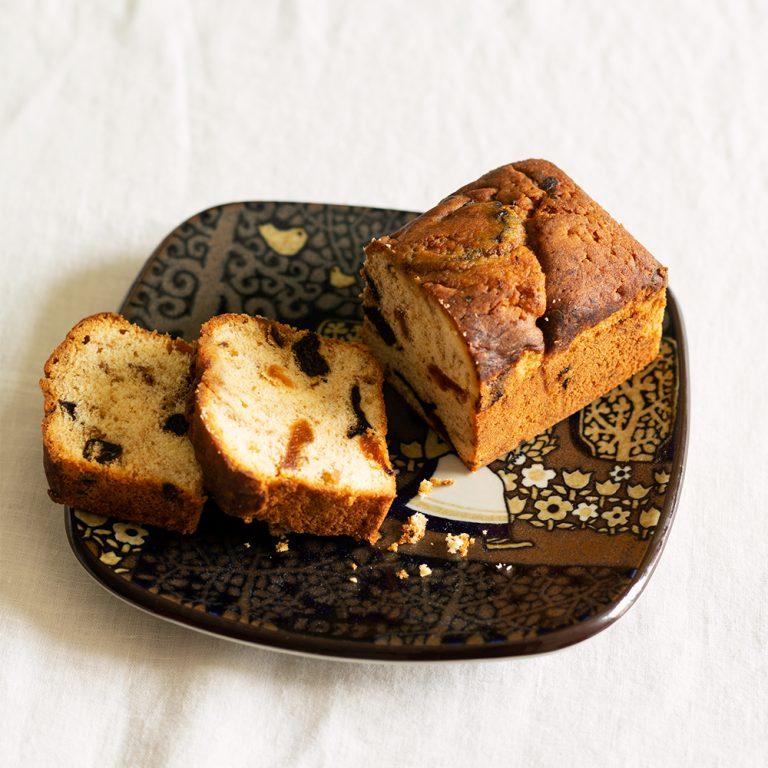 〈オーブン・ミトン〉の「スパイスフルーツパウンドケーキ」