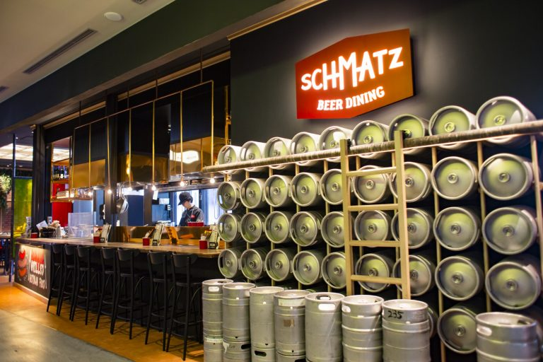 日本橋 SCHMATZ Beer Dining