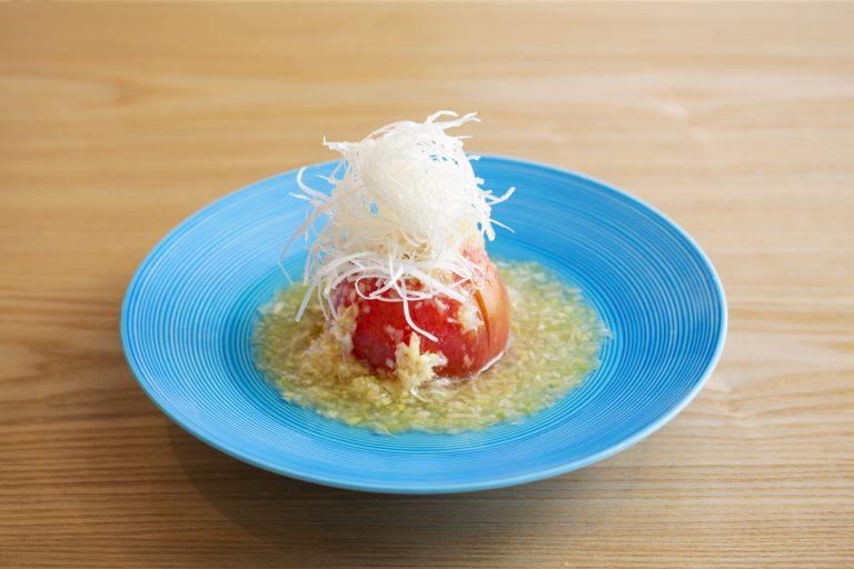 「トマトねぎだれ」780円はサラダ感覚で。