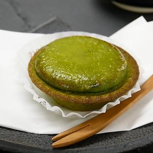 〈BAKE CHEESE TART〉から抹茶×チーズタルトの至極のハーモニー「焼きたて抹茶チーズタルト」が期間限定発売!