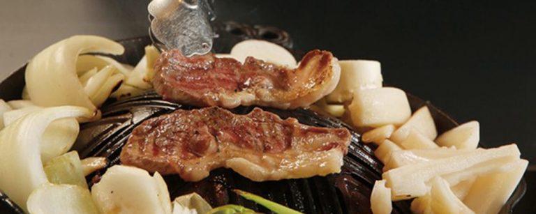 お肉へのこだわりにファン多数!ラム、ホルモン、ジンギスカンのイメージが変わる東京の名店。