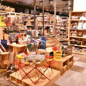 〈スノーピーク〉初のカフェも。世界最大級の体験型アウトドアショップ〈アルペンアウトドアーズ 柏店〉がオープン!