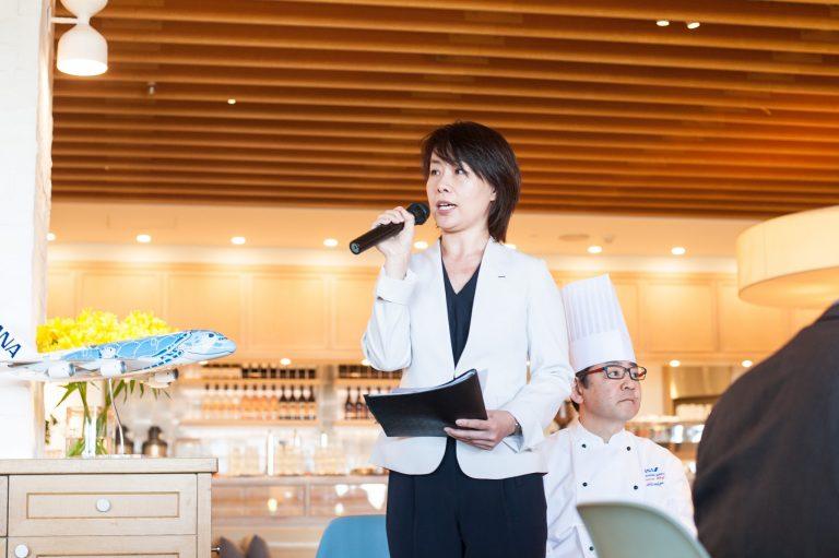 ANA商品企画部の鳥巣奈美子さん。