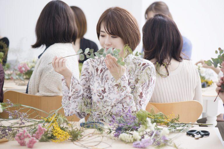 「ほんのり花の香りがする!」と坂上さん。