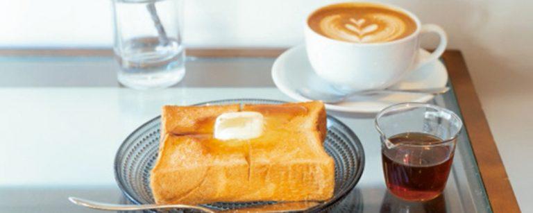 休日はカフェラテ×トーストで豊かな朝時間を。都内の人気コーヒースタンド・カフェ3軒