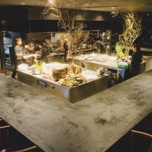 シェフズテーブルが魅力!【都内】カウンター席でシェフの技も堪能できるフレンチレストラン。