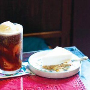 アイスコーヒーじゃ物足りないあなたに。インスタ映えも◎こだわりコーヒーフロートが飲めるカフェ。