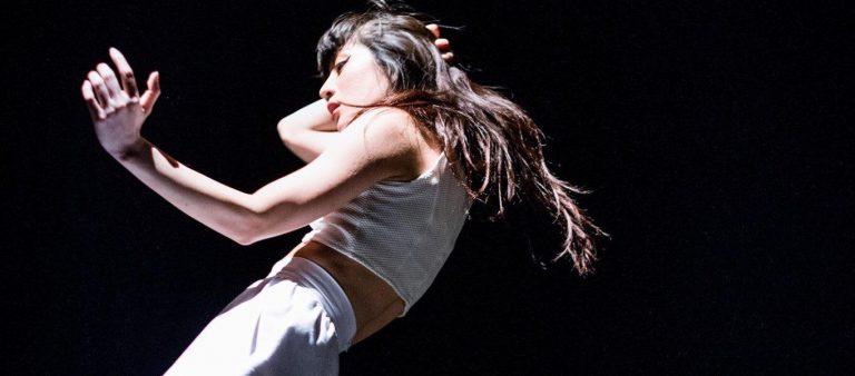 """週3日は企業広報、あと4日はダンサー。仕事&ダンス、どちらも実現させる""""踊る広報""""という働き方。"""