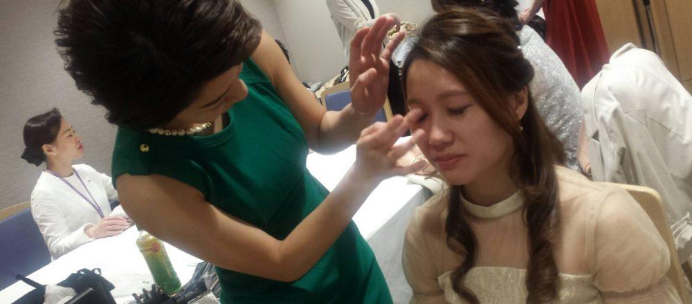 副業で美容部員に!「美容にずっと携わりたい」という思いから始めた副業の目標とは?