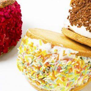 クッキーサンドにパフェ、クレープ…思い思いのスイーツで「ジェラート」を楽しむ!