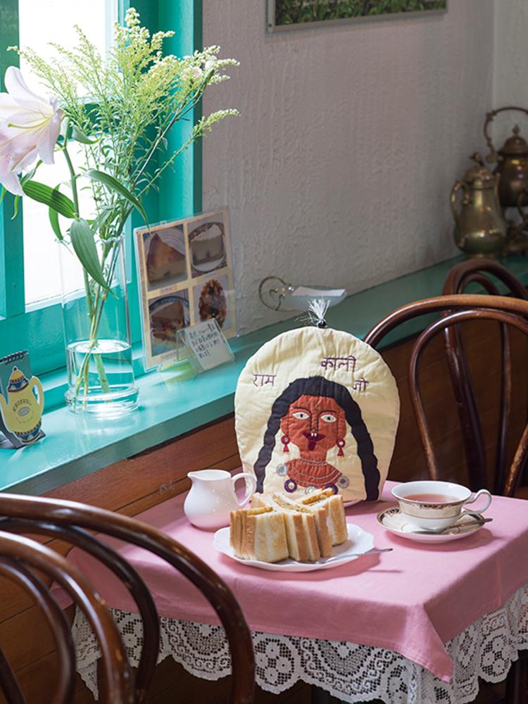 千歳船橋 〈紅茶の店 青い空〉