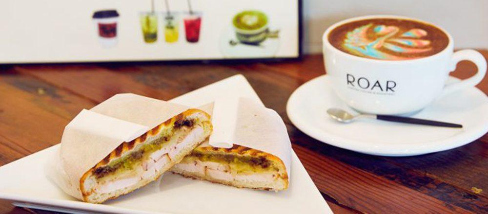 1日のスタートはおいしいグルメサンドで。朝食におすすめの都内カフェ・スタンド3軒