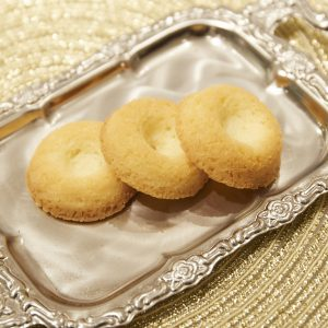 「ビスキュイサヴァラン」(700円)サヴァラン生地が焼き菓子に。米粉を使ったサクサク食感のクッキー。