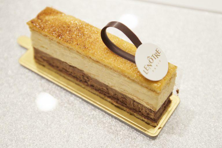 「プレジール」(750円)パリ近郊のアトリエのある地の名前がついたケーキ。パリの味を再現。