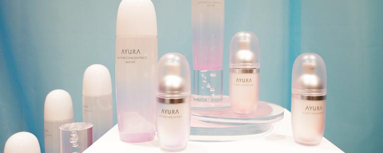 〈アユーラ〉から新登場。超保湿化粧水とエイジング美容液でストレスに負けない肌へ!