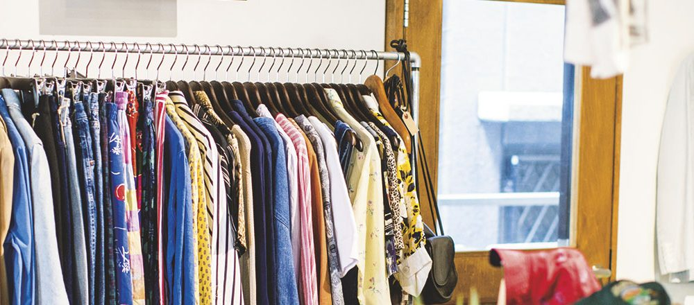Swivel used clothing