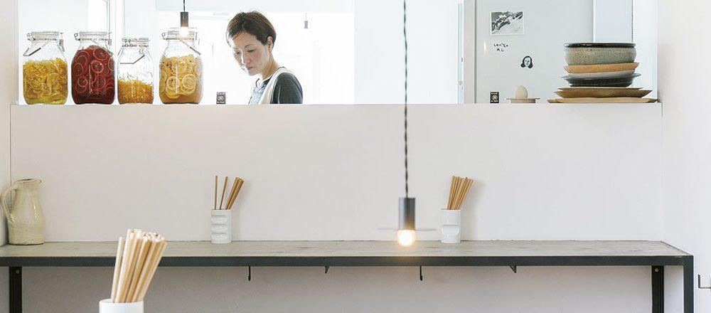 グルメな福岡女子を唸らせている、おしゃれな「ネオ食堂」リスト。健康的な定食が人気!