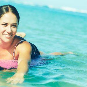 ビーチで楽しく鍛えられる!ハワイでサーフィンエクササイズ〈Surfercise Fitness〉が大人気。