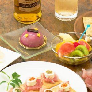 バーボンのアレンジレシピで、オトナ女子なホームパーティーを!バーボン女子会を開催。