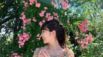 都内近郊でバラを楽しめる場所を探していたところ、千葉県の〈京成バラ園〉を見つけました。色とりどりのバラがたくさんあるローズガーデンは、女子同士でワイワイ写真撮影するのにも、彼とのお散歩デートにもおすすめ。私はアシュラムというオレンジ色のバラを購入して持ち帰りました!植物は家によく飾るのですが、今はガジュマルやポニーテールなどの観葉植物を狙っています。 / ハナコラボ with いち髪 Hanako Lab. with Ichikami