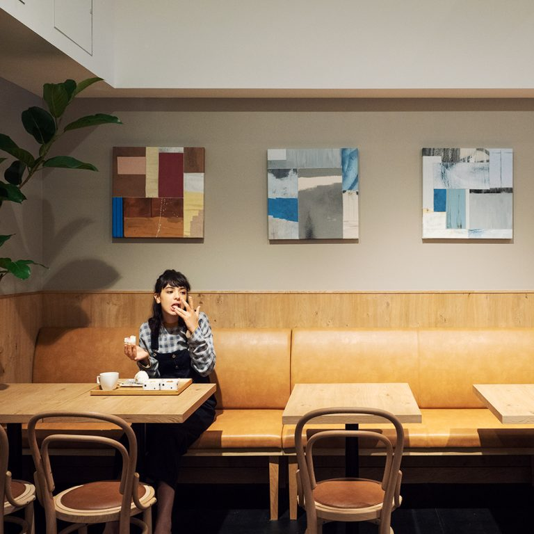 〈CAFE/MINIMAL HOTEL OUR OUR〉/浅草橋