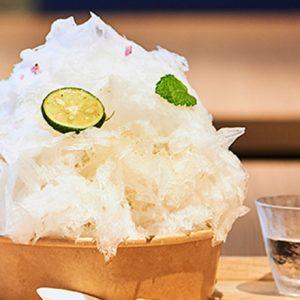 ふわっふわな口どけ!【東京都内】あの人気カフェが作る、希少な天然氷のかき氷が見逃せない。
