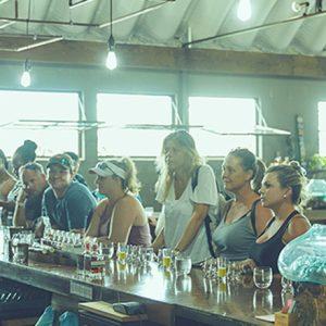 【ハワイ観光】ラム酒の試飲ツアー〈KO HANA RUM Tour & Tasting〉が大人気!