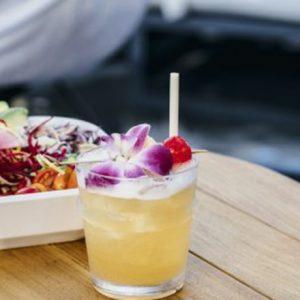 ハワイ旅行で叶えたいマストグルメ5選!ホノルルの人気レストラン・バーへ。
