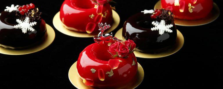 インパクティブな〈パレスホテル東京〉の 2019年クリスマスケーキ&ブレッドをお披露目。
