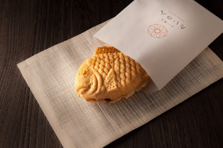 サクッと幸せ食感!たい焼き専門店〈たいの八(や)〉で良縁をつなごう。