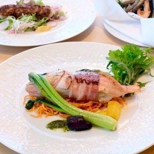 隈研吾氏・三國シェフが手がけるレストラン〈ミクニ伊豆高原〉がオープン!