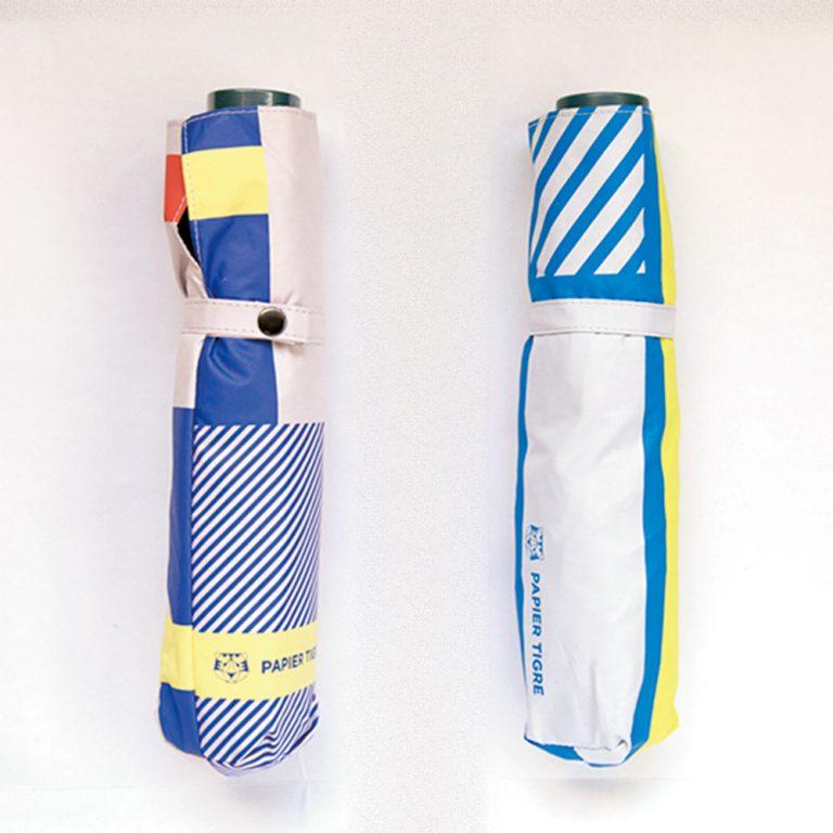 マキシムさんもオススメ、東京店先行発売の晴雨兼用折りたたみ傘各4,800円。