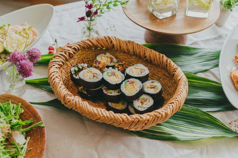ふだんからよく作るという黄川田さんの太巻きは、さすがの美しさ。具の玉子焼きは、黄川田さんのお母さんの味だそう。