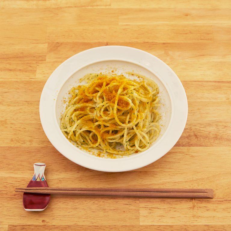 シメにおすすめの「からすみのスパゲッティ」980円。