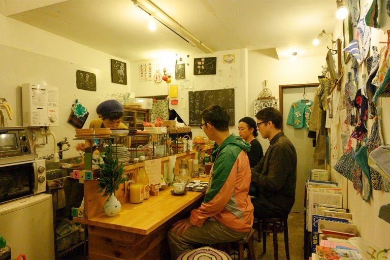 高円寺 喫茶と酒場 あわいものや