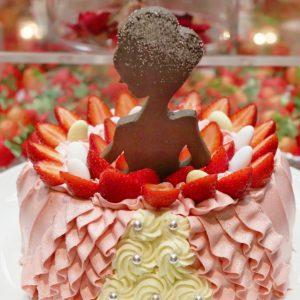 ウエディングケーキ入刀体験もできる!〈ザ・リッツ・カールトン大阪〉の「アフタヌーンブッフェ」、結婚披露宴に招かれた気分で楽しんで。