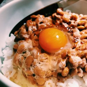 焼肉屋さんでTKBSGNと納豆ジェラートが楽しめる!参宮橋〈すっごい焼肉〉へ。