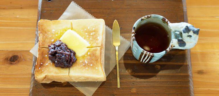 沖縄はオフシーズンも楽しめる!コーヒーカルチャーを体感できるカフェ巡り5軒
