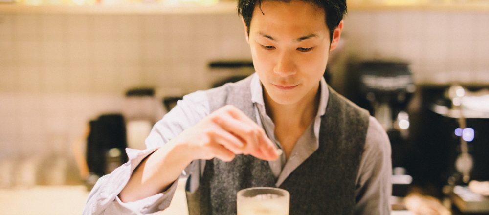 児島麻理子の「TOKYO、会いに行きたいバーテンダー」第2回:代々木上原〈No.(number)〉の荻島 渉さん