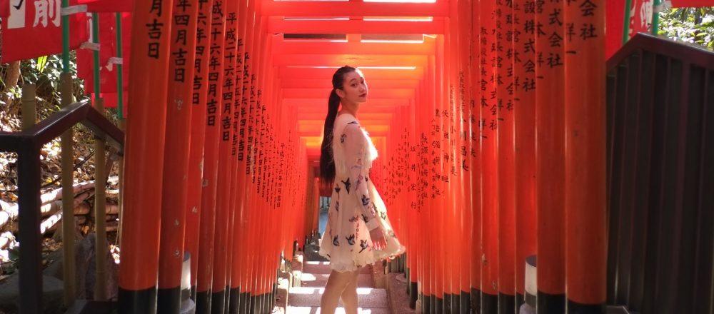 狛犬ではなく神猿さん!赤坂〈日枝神社〉で、今年一年のご利益を祈る。
