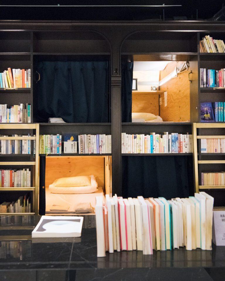 〈BOOK AND BED TOKYO ASAKUSA〉/浅草