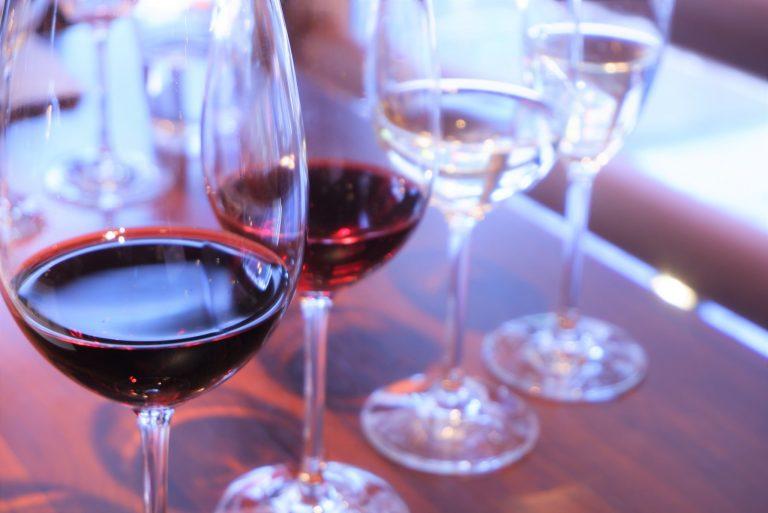 4種の山梨県産ワインと県産食材のマリアージュ。