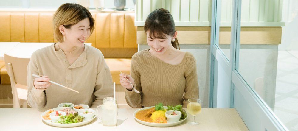 非常食もおいしい時代。おしゃれなカフェ〈IZAMESHI Table〉で気軽にトライできる防災グッズを体験。