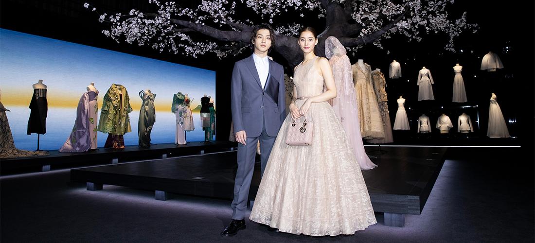大阪〈阪急うめだ本店〉で『ディオール、パリから日本へ (Dior, from Paris to Japan)』展開催。