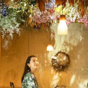 まるでお花畑!福岡のカフェレストラン〈café hiracon'chez Classique〉でトキメキ体験。/Alice in Cafeland