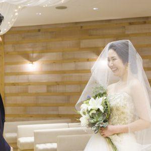 「少し緊張しているのか、おとなしい印象でした」と新郎の坂野栄信さん。