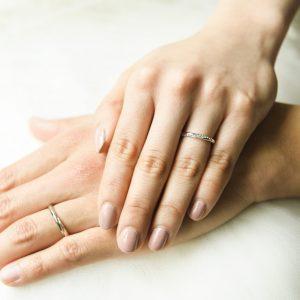 指輪交換もしっかりと。